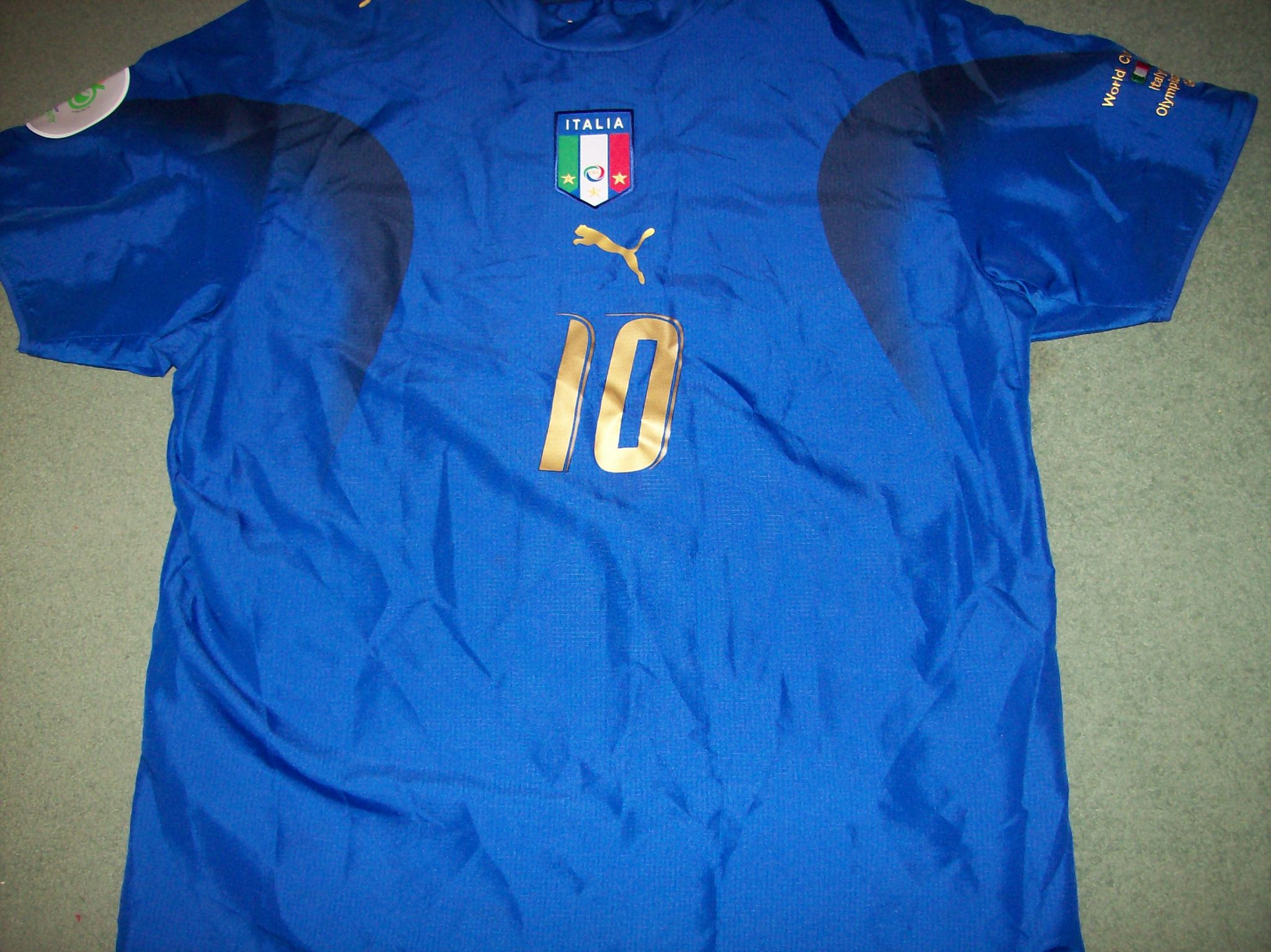 2b3c08de934 Global Classic Football Shirts   2006 Italy Totti World Cup   Old Vintage  Soccer Jersey
